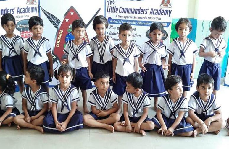 Little Commanders (4)